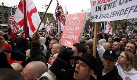 Исламисти планирали напад на Енглеску одбрамбену лигу