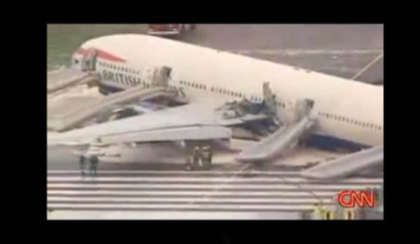 Borbeni avioni prate avion koji leti za London