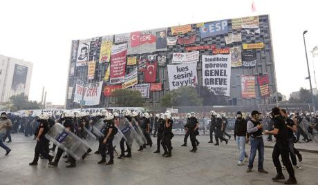 Расте број жртава нереда у Турској