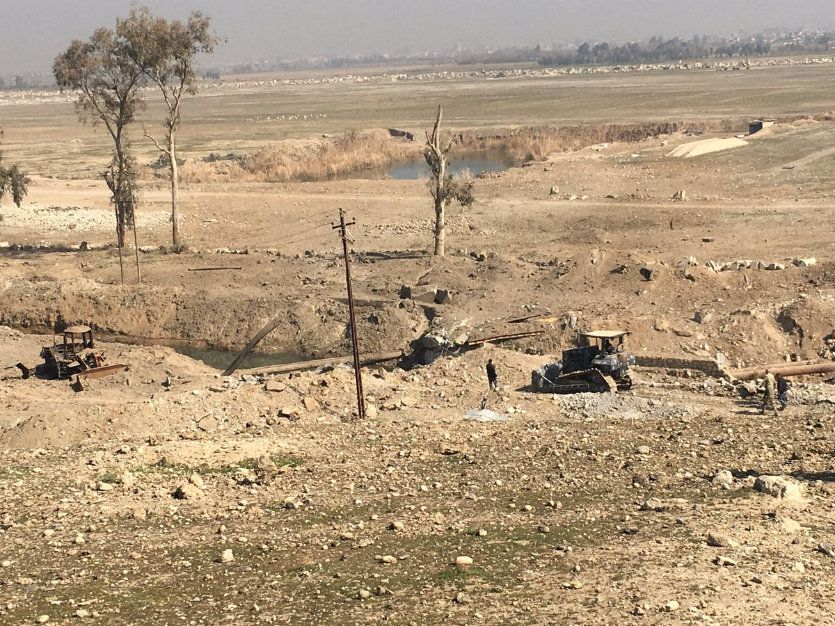 Ирачка војска ослободила аеродром у Мосулу