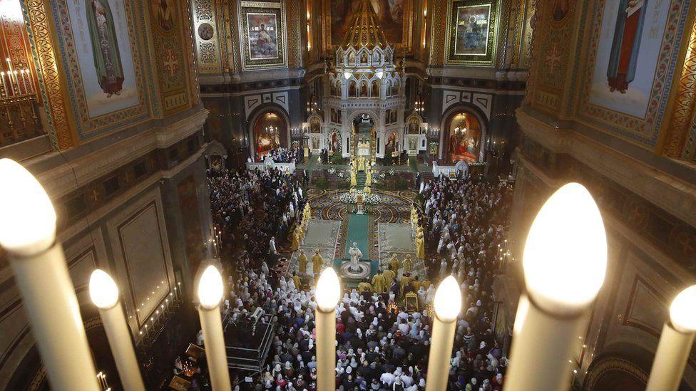 РТ: Православни хришћани прослављају Божић широм света