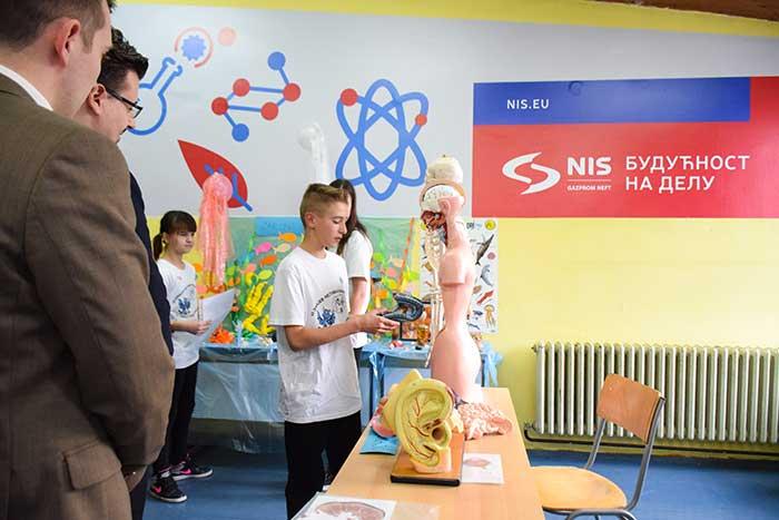 Нова опрема за србобранску школу од НИС-а