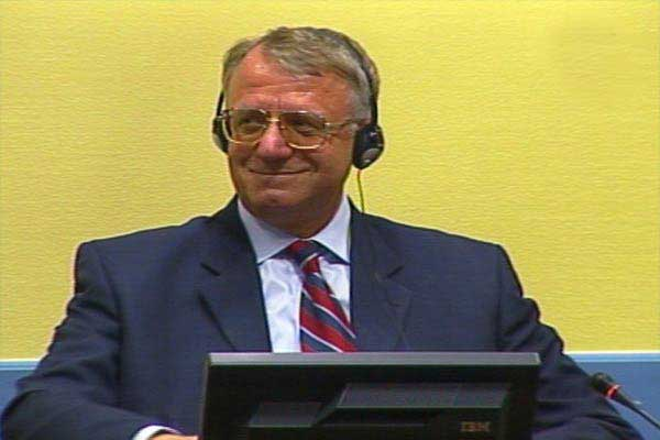 Хаг: Др Војсислав Шешељ осуђен на десет година затвора