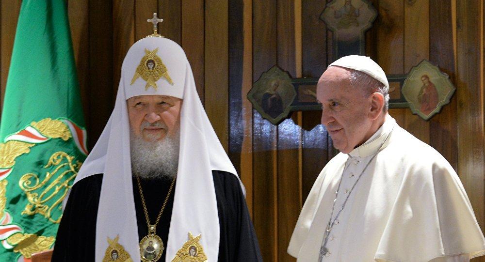Патријарх Кирил и папа Фрања указали да војна дејства на Блиском истоку могу прерасти у глобални сукоб