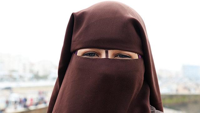 Данскa забранила ношење одеће која прекрива лице