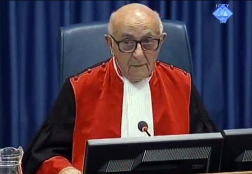 Судија Мерон се повукао из Жалбеног већа Радовану Караџићу