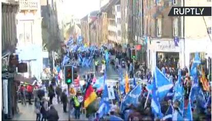 Единбург: Митинг подршке за независност Шкотске