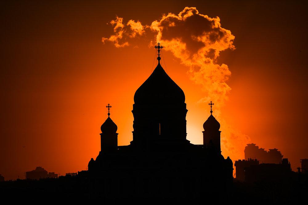 РПЦ: Кијевске власти покушавају да украду Божић милионима верника