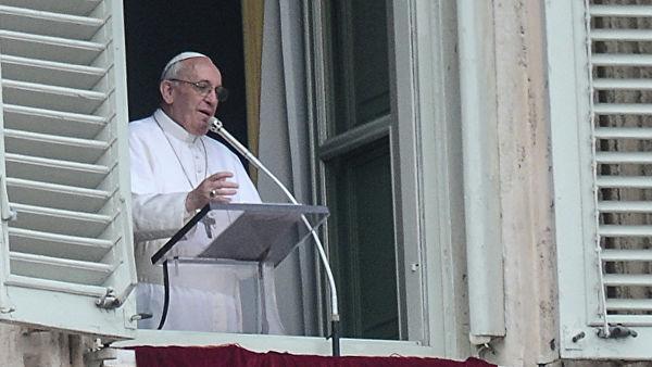 Папа: Богате Европа и Америка продају оружје које се користи за убијање деце и људи