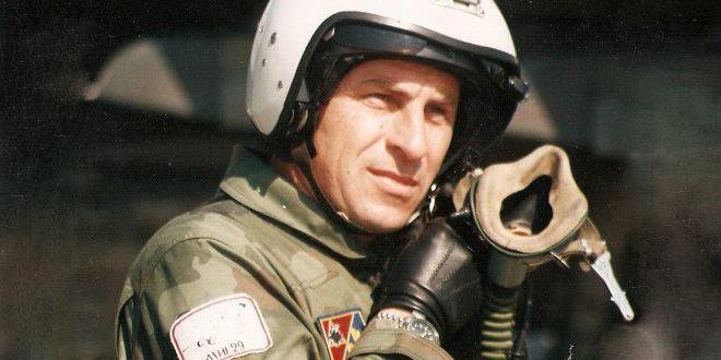 Сам против НАТО авиона: У борби са злочинцима, на данашњи дан погинуо потпуковник Миленко Павловић