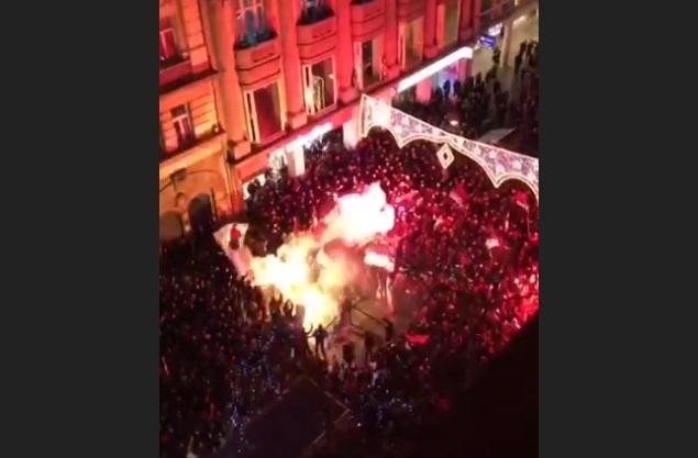 Протест испред амбасаде Црне Горе у Београд