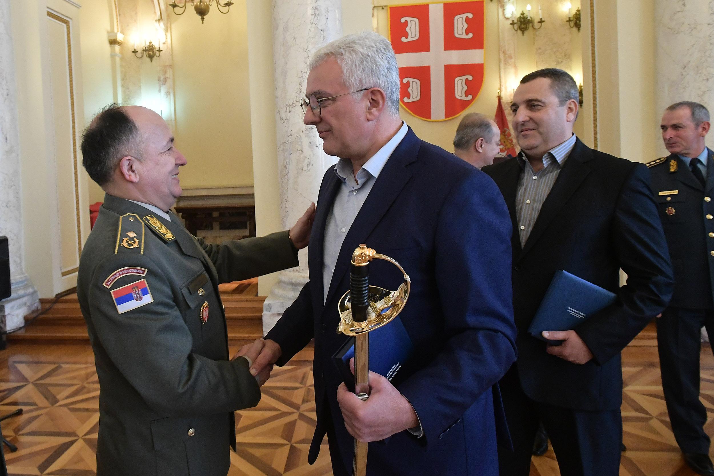 Andrija Mandić i Danilo Leković odlikovani spomen-medaljama za doprinos u odbrani zemlje od NATO agresije