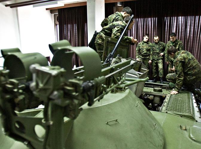 Отворени конкурси за пријем у војне школе