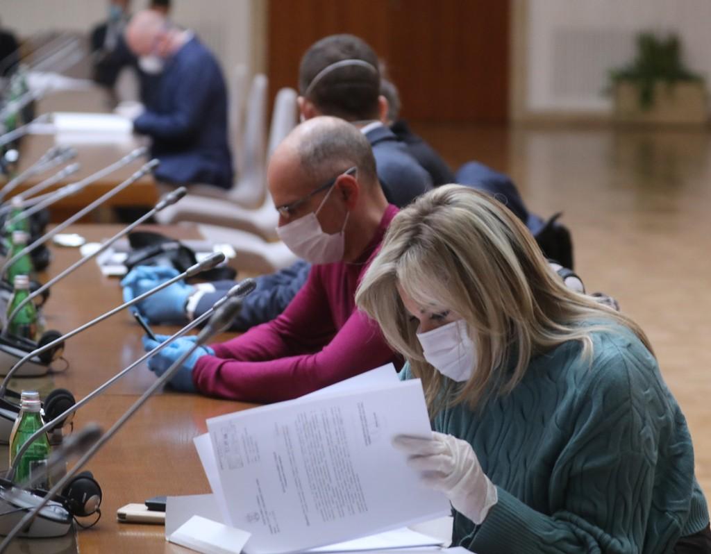 Влада Србије разматра евентуално увођење нових мера