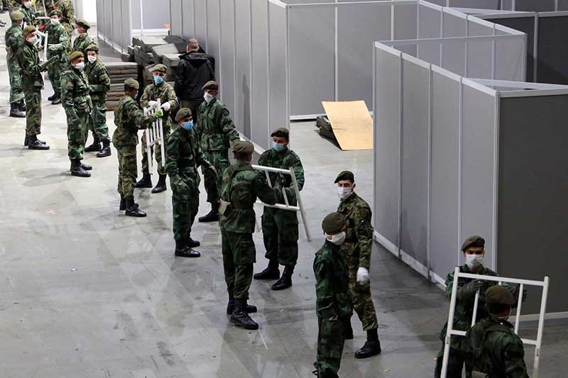Војска Србије ангажована на припреми привремене болнице у београдској Штарк арени