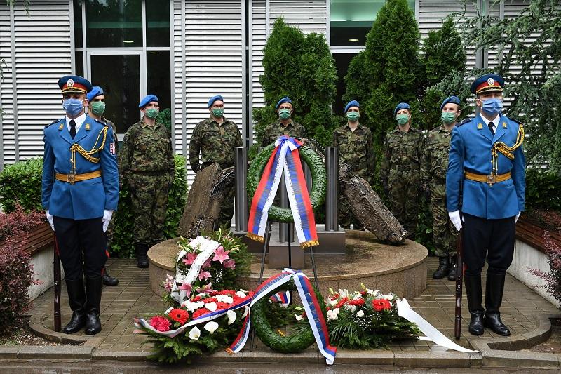 """""""Пре 21 годину НАТО агресор извршио је ратни злочин, а нисмо чули `извини`"""""""