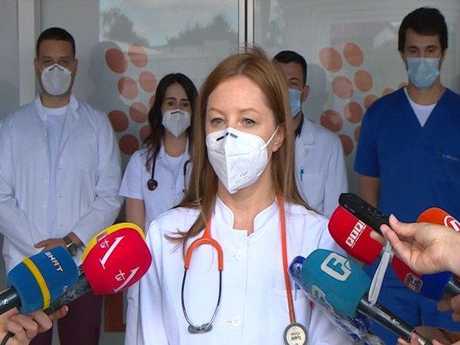 Upozorenje mladih lekara UKC-a Republike Srpske na teško stanje u bolnicama i na pridržavanje mera