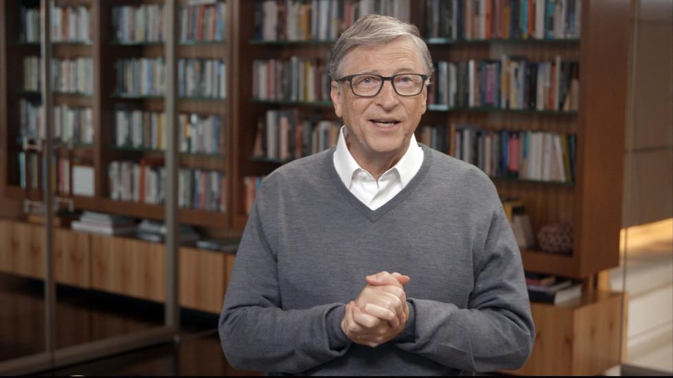 """РТ: Бил Гејтс каже да ће """"последња препрека за дистрибуцију вакцине коронавируса убедити људе да је приме"""""""