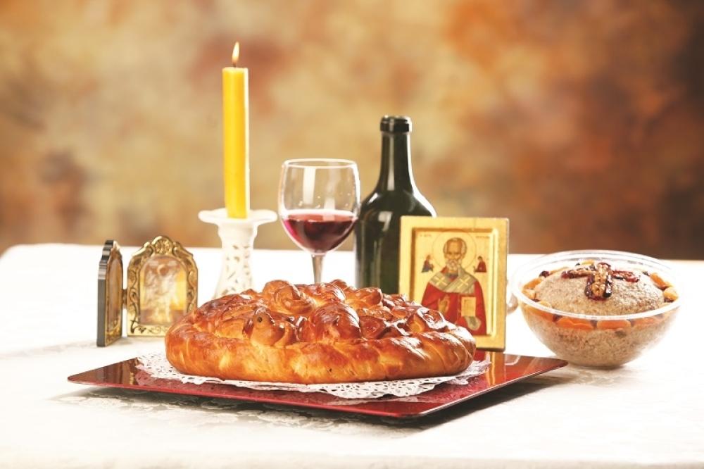 Саопштење Митрополије и Епархија СПЦ у ЦГ: Крсне славе прославити освећењем славског колача и у кругу породице