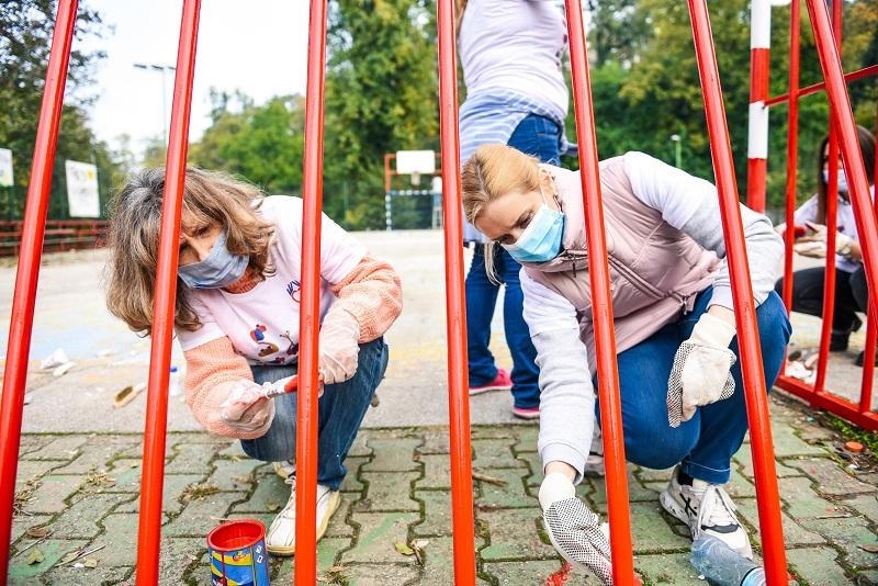 НИС-ови волонтери посетили СОС Дечје село у Сремској Каменици