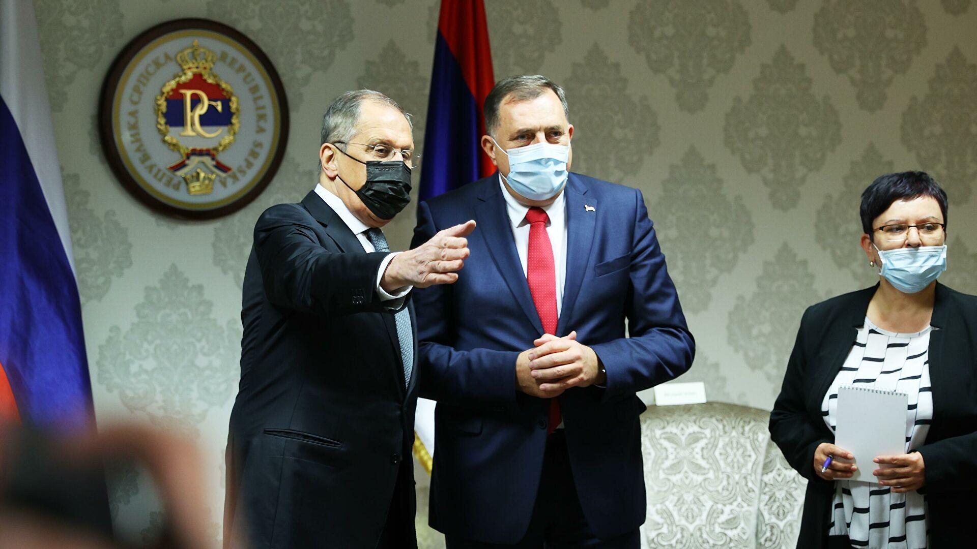 U Ukrajini pokrenut krivični postupak zbog ikone koju je Dodik poklonio Lavrovu