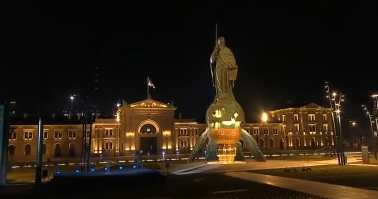Откривен споменик Стефану Немањи