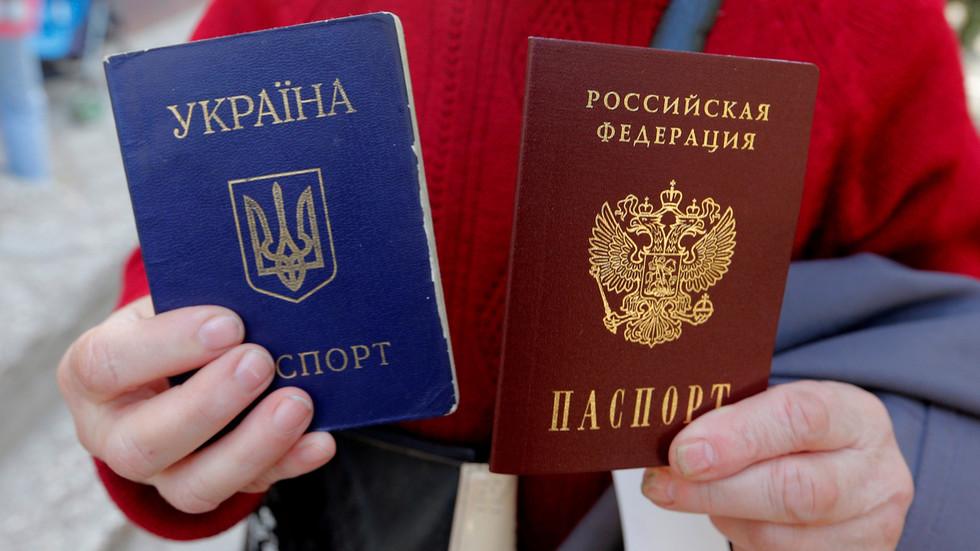 РТ: Украјина би могла легализовати двојно држављанство, али онима који имају руске пасоше треба забранити гласање, наводи се у предлогу закона