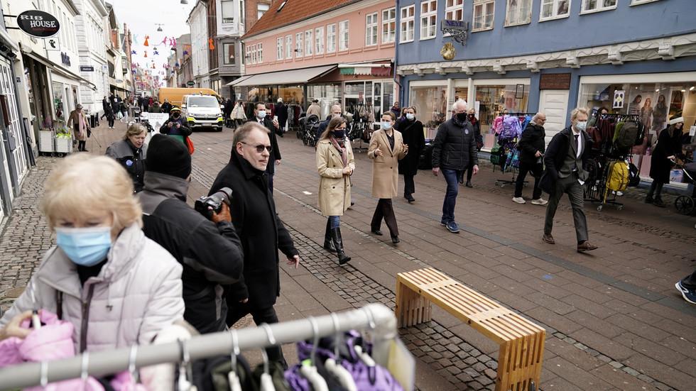 """РТ: Борба против """"паралелних друштава""""? Данска влада жели да ограничи број """"незападних"""" становника у квартовима на 30%"""