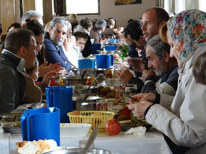 Besplatne vožnje za Banku hrane: Yandex Go pomaže da obroci brže stignu do najugroženijih grupa