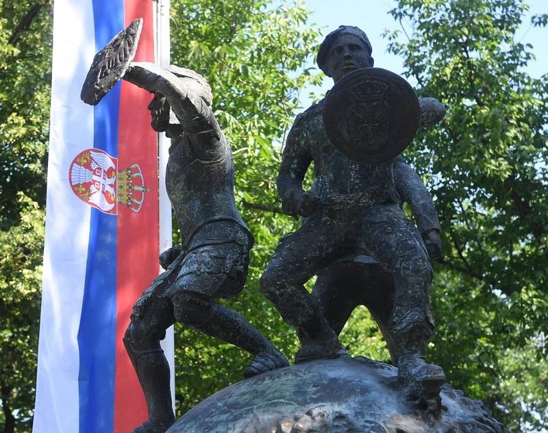 Положен венац на Споменик јунацима са Кошара