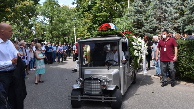 Мирослав Лазански сахрањен у Алеји заслужних грађана