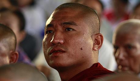 Бурма први пут прославила Нову годину са ватрометом