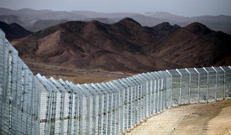 Израел подигао зид на граници с Египтом
