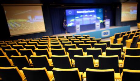 Сарадници ЕУ прете да ће спречити одржавање самита