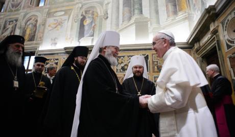 Папа Фрањо намерава да покрене дијалог са исламским светом и атеистима