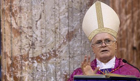 Бразил: свештеник који је штитио хомосексуалце изопштен из цркве