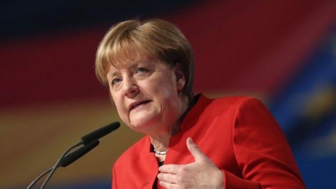 """Меркелова сматра да није потребан специјални мандат ЕУ за преговоре о пројекту """"Северни ток 2"""""""