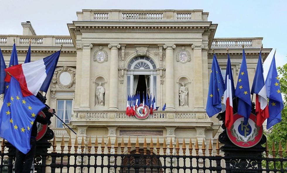 Француска ће позајмити 430 милиона евра Ираку