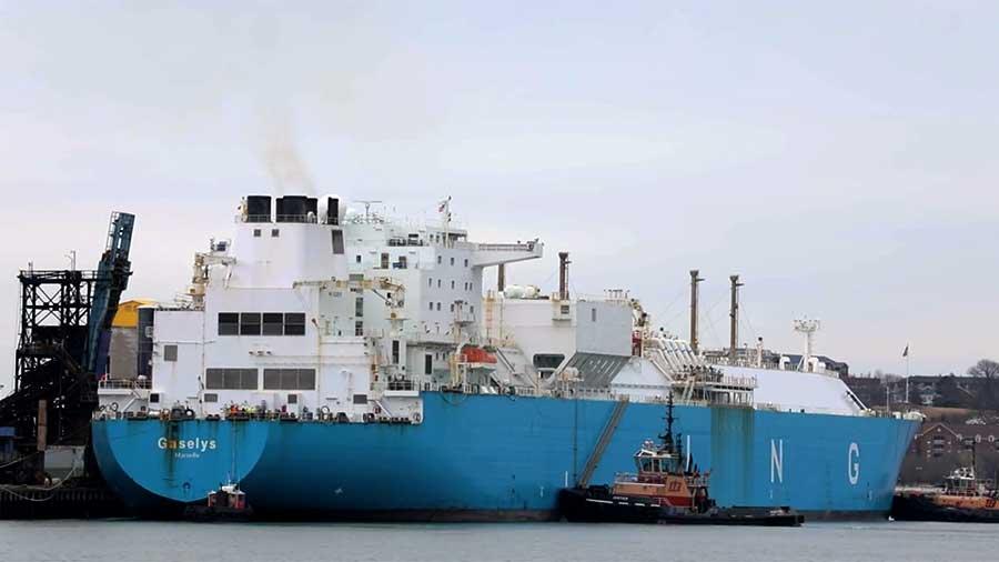 RT: Ima li gde sankcija? Drugi tanker sa ruskim gasom stiže u SAD
