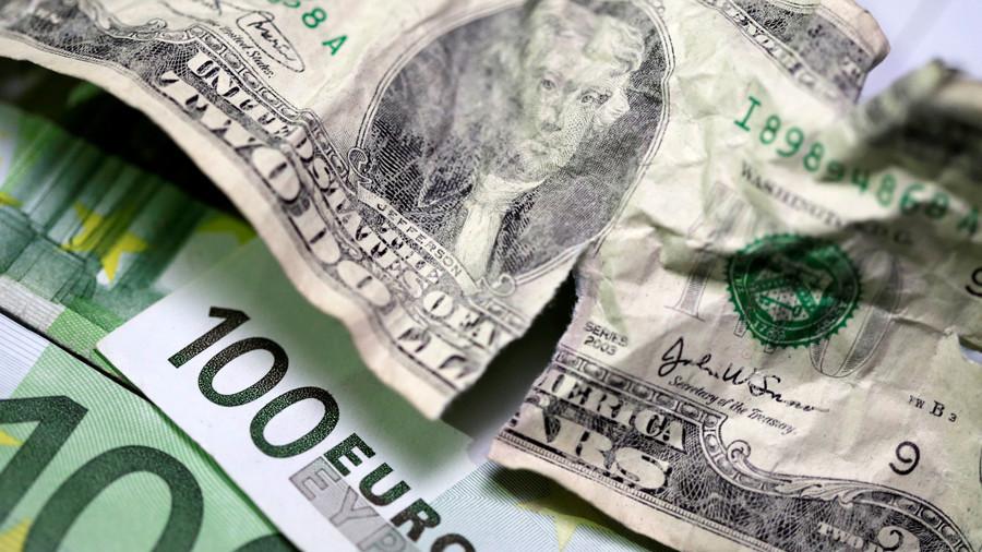 РТ: Русија спремна да пређе са долара на евро у спољној трговини - министар финансија Русије