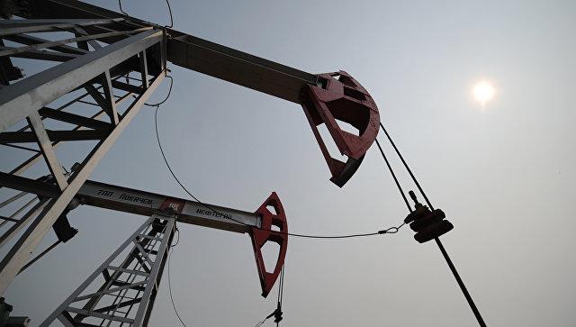 САД ће размотрити са Кином и Индијом потпуни прекид куповине нафте из Ирана