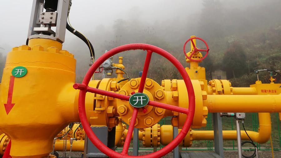 РТ: Сви путеви воде ка Кини - руски гас из Арктика и Сибира ће потећи пуним капацитетом