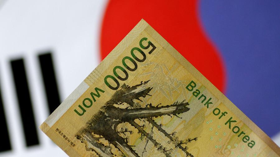 РТ: Иран и Јужна Кореја избацују долар из међудржавне трговине