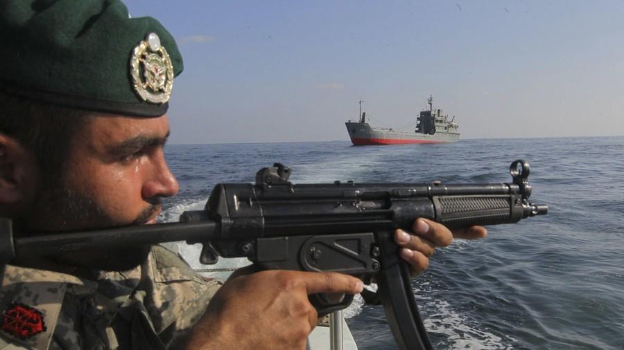 РТ: САД не могу зауставити извоз иранске нафте, Перзијски залив ће бити затворен ако покушају - Рохани