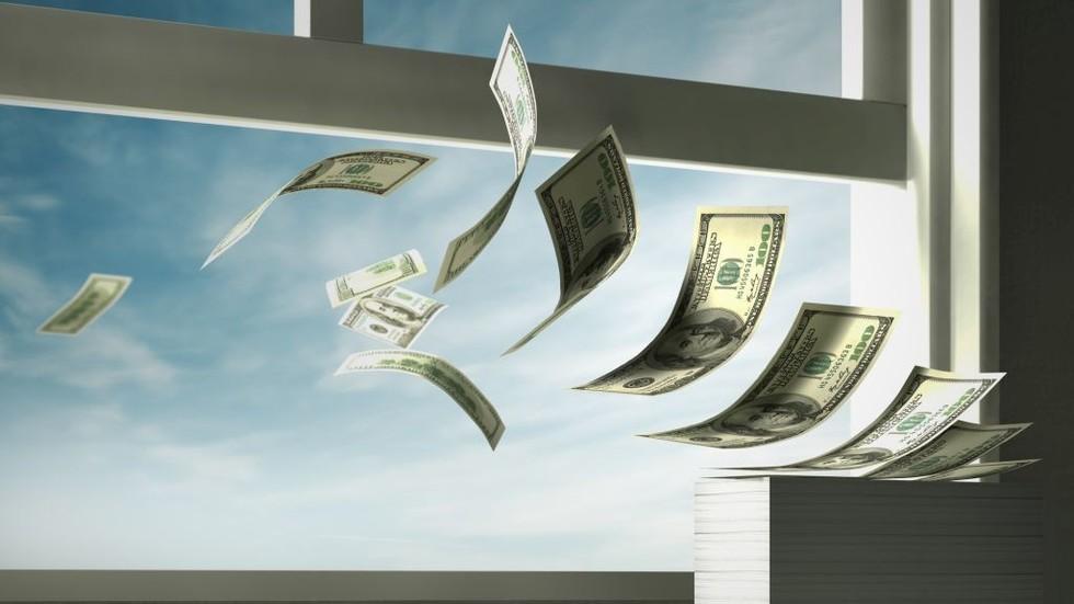 РТ: Државни дуг САД-а 22 билиона долара