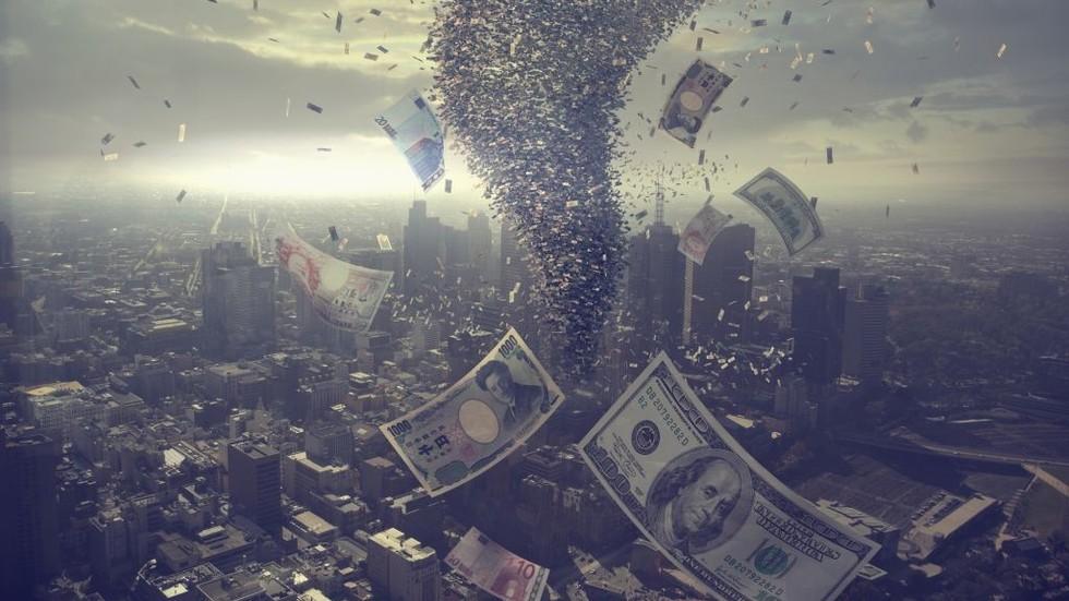 РТ: Глобални дуг највећи у историји - 184.000.000.000.000 долара