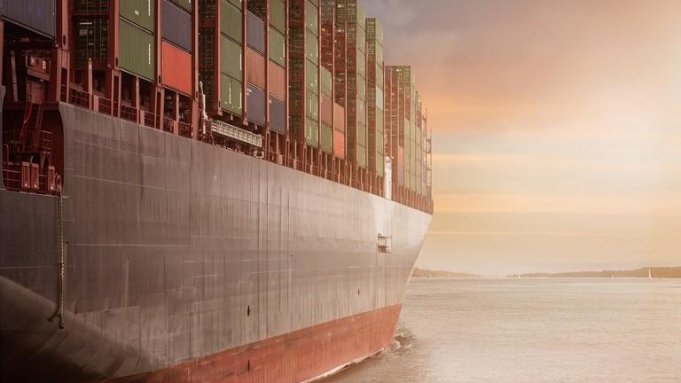 РТ: Кинеске инвестиције у САД опале за 83% усред трговинског рата