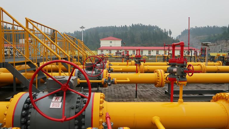 "РТ: ""Гаспром"" почиње са испорукама гаса Кини кроз ""Снагу Сибира"" 1. децембра"