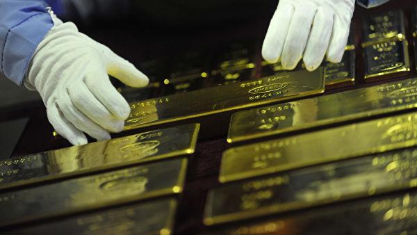Пекинг наставља са куповином златних полуга