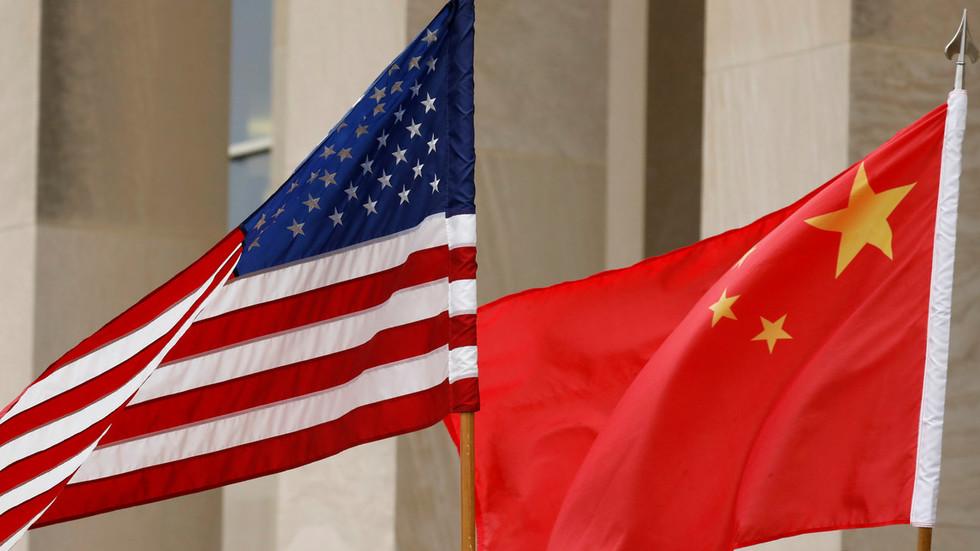 "РТ: ""Голи економски тероризам"": Кина се бори против провокатора и насилника у трговини"